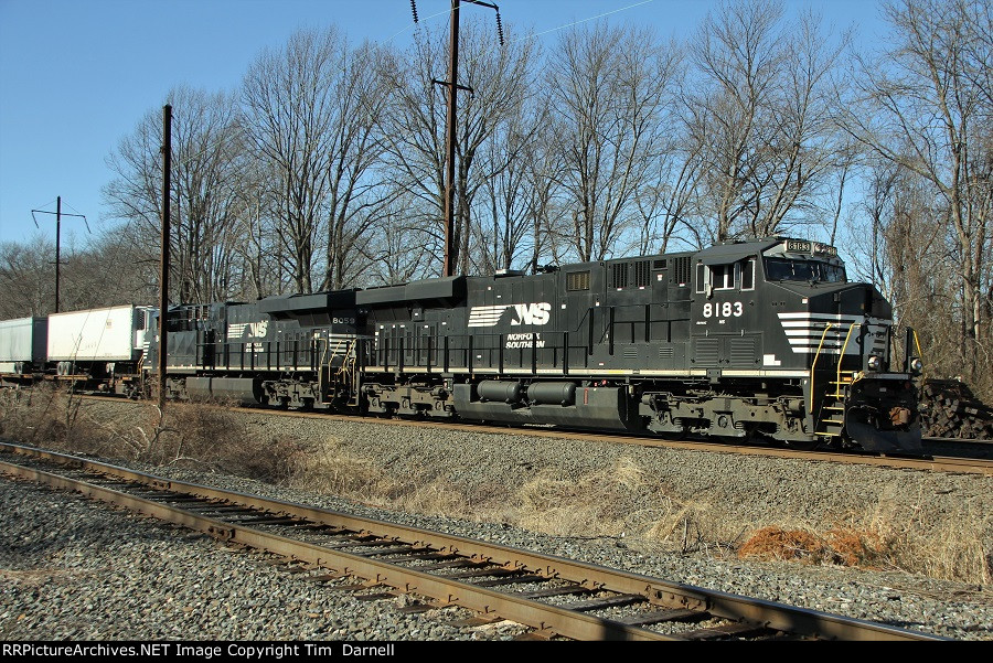 NS 8183 leading late 26E